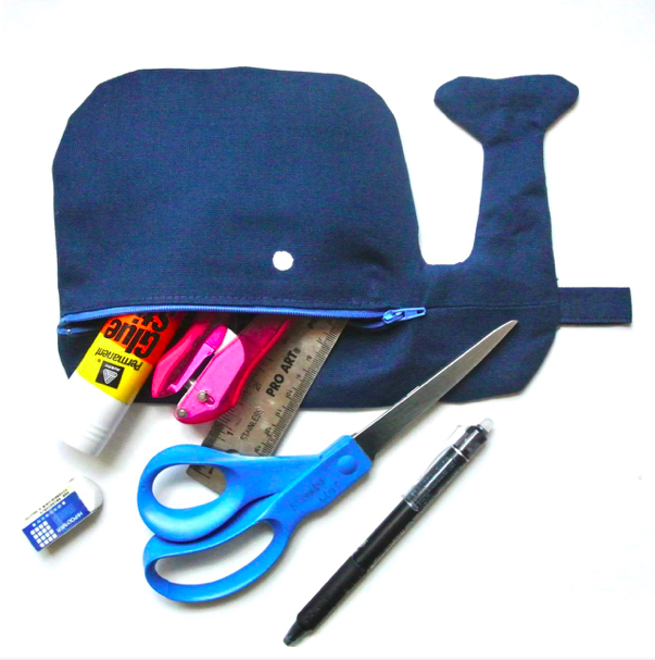 Whale-Zipper-Pouch-with-Stationary-Completed