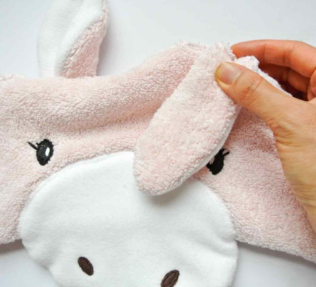 Pinning ears to hood. How to make Kids baby toddler Hooded Towel