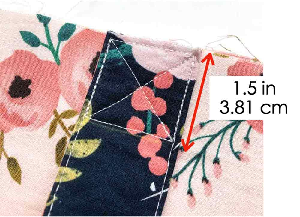 How to Make Reversible Tote Sewing Straps to Tote